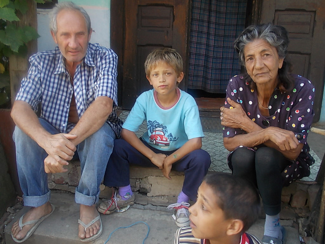 Tackling discrimination against the Roma community