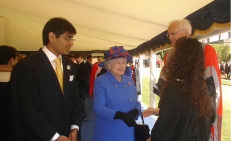 Gates scholar meets the Queen
