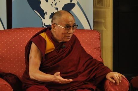 Dalai Lama speaks at Global Scholars Symposium