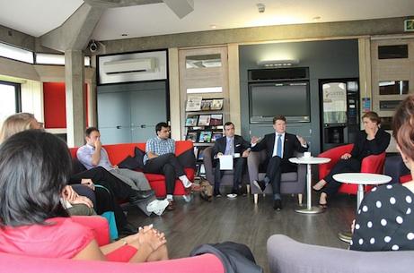 US ambassador meets Gates Cambridge Scholars
