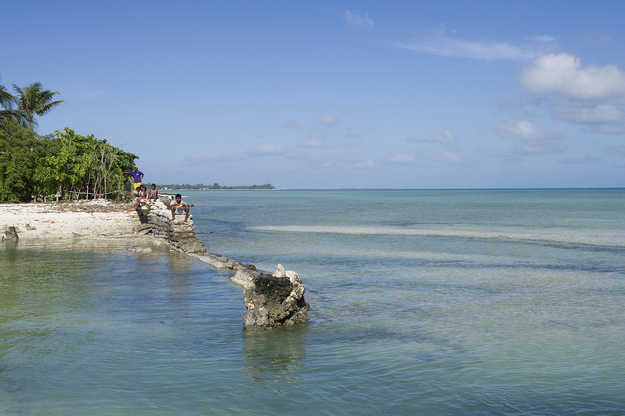 Filming the last generations of Kiribati