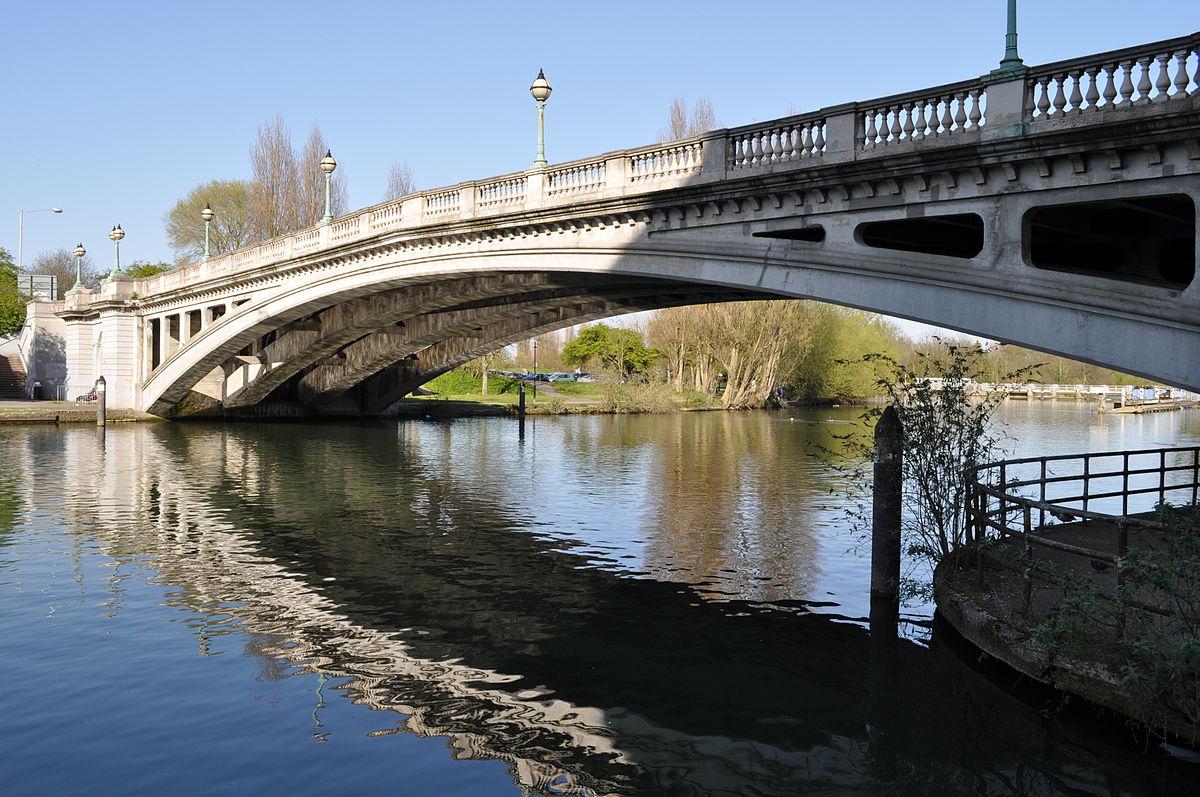 Monitoring bridge infrastructure