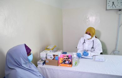 Broader response to pandemic needed in complex emergencies