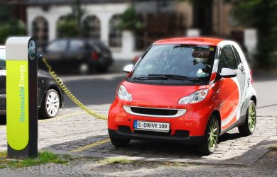 What motivates electric vehicle drivers?